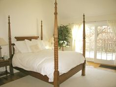 Town & Country Real Estate #townandcountryrealestate #hamptons #bedroom