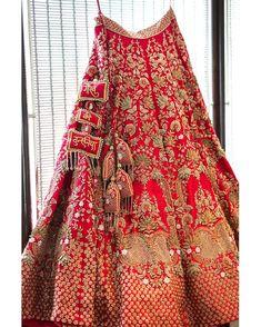 Red bridal lehenga with golden work on it Indian Bridal Outfits, Indian Bridal Fashion, Indian Bridal Wear, Indian Designer Outfits, Indian Wedding Lehenga, Bridal Lehenga Choli, Indian Lehenga, Wedding Mandap, Wedding Stage