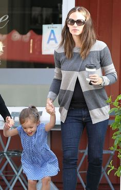 I love all of Jennifer Garners basic age-appropriate clothing choices. Mom fashion!