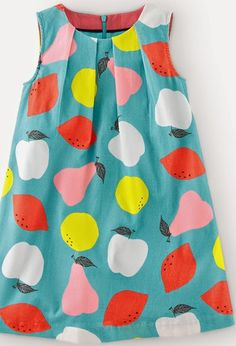 WATERCOLOUR FRUIT Painterly style / Fruity tones in watery textures / Pick out watermelon pink, banana yellow and sharp lemon colors / Works for both placement prints and cute conversational repeats / Reveal the brush strokes to give these painterly prints a natural, naive feel