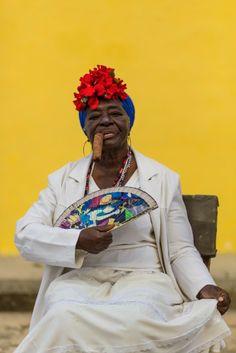 LensCulture Portrait Awards 2014 | Entrant   Portrait in Old Havana © Bashar Alaeddin