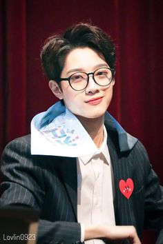 guanlin the rich boy. +lowercase intended copyright © 2017 by linfea… # Fiksi penggemar # amreading # books # wattpad Rapper, Rich Boy, Kdrama, Guan Lin, Lai Guanlin, Cute Korean Boys, Ong Seongwoo, Kim Jaehwan, Ha Sungwoon