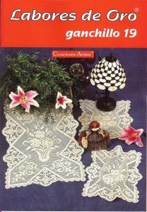 labores de oro 19 fLabores de Oro Ganchillo No 19   Centerpieces, doilies, trims, piecework, and filet crochet.