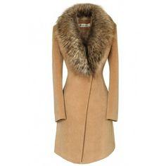 Oversize Faux Fur Collar Slim Coat (895 HRK) via Polyvore featuring outerwear, coats, jackets, slim fit coat, beige coat, slim coat, oversized coat and long sleeve coat