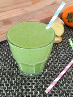 Persimmon and Turmeric Immune Boosting Green Smoothie