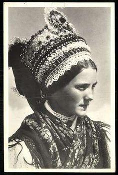 Art Costume, Folk Costume, Shaman Woman, Bridal Headdress, Folk Dance, Tribal Fusion, Folk Music, My Heritage, Old Pictures