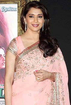 Madhuri Dixit to do a Mujra act in Dedh Ishqiya!