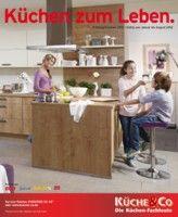 so war es schon immer: Wohnen findet größtenteils in der Küche statt ...
