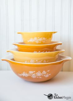 Vintage Pyrex Butterfly Gold Version 2 Cinderella Mixing Bowl Set From Kitchenmagpies