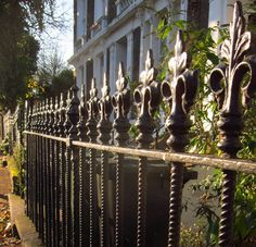 Canonbury - I used to run my hands over railings just like these in the area...