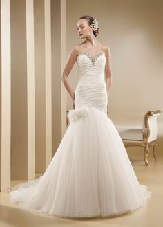 2015 Sheath/Column Sweetheart Beading Rhinestone Court Train Tulle Wedding Dresses