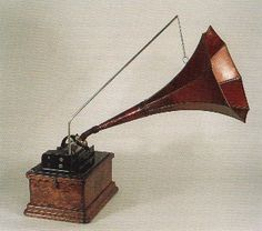 """circa 1905, this Edsion """"Fireside Model A"""" phonograph, had a unique feature...it could switch between standard 2 minute cylinders and the newfangled 4 minute cylinders! Proudly manufactured at the Edison factory at my birthplace, West Orange, New Jersey."""