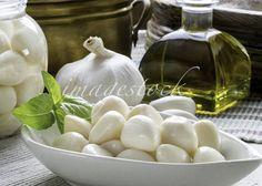 Pickled garlic arrangement