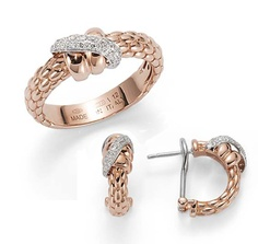 Fope Flex'it Solo ring and earrings in gold with diamonds http://www.fope.com