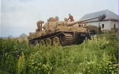 Colorized photos of the 506th Heavy Tank Battalion on the Eastern Front