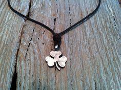 Niall Horan's One Direction Lucky Irish Three-Leaf Clover Shamrock Necklace.    I want this sooooooooo bad! no joke!!!!!!!!!!!!!!