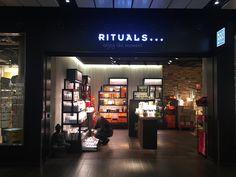 Amsterdam Central Station Rituals Cosmetics Store