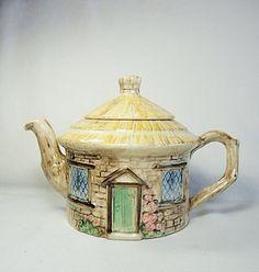 vintage sylvaC thatched cottage english teapot..