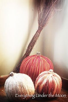 DIY Autumn Yarn Pumpkins