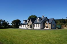 Joe Fallon Architectural Design in Dublin and Co Waterford are experts in residential, private and commercial architecture, Design and Planning. Craftsman House Plans, New House Plans, Dream House Plans, Bungalow Homes, Bungalow House Design, Bungalow Designs, Bungalow Ideas, House Designs Ireland, Cool House Designs