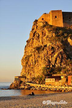Castle of Scilla, province of Reggio Calabria region Italy, Calabria. 38°15′00″N 15°43′00″E