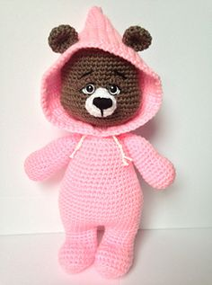 Beatrice Bear is the third in the series of PJ Pals! Each doll standing approxing 13 inches (depending on tension of stitch), they are just the right size for snuggles for all ages! Crochet Bear, Crochet Animals, Crochet Dolls, Crotchet, Holly Hobbie, Doll Stands, Kids Hats, Amigurumi Patterns, Snuggles