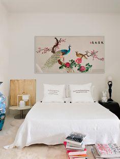 A fashionable home in Barcelona (Daily Dream Decor) Danish House, Dream Decor, New Room, Minimalist Home, House Rooms, Interiores Design, Colorful Decor, Mid-century Modern, Bedroom Decor