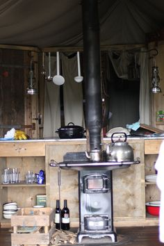 glamping stove/kitchen