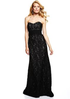 BADGLEY MISCHKA Black/Nude Lace Sweetheart Gown...I really want this. Who wants to give me $300 for it? = )