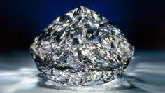 6-е место: Столетие / Centenary – уникальный бриллиант безупречного шлифования весом 273,85 карата (54,8 грамма)