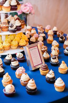 Wedding guests, take your pick! This bride & groom are treating you right | Photo credit: Dana Cubbage Weddings, wedding cupcakes: Cupcake DownSouth #weddingcupcakes