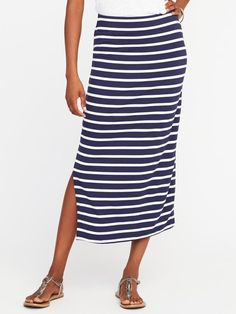 **I do earn commissions for purchases made through links in this post. Old Navy side slit maxi skirt