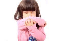 You've got sniffles, sneezing, and a sore throat. Is it a cold, flu, or allergies? Childhood Education, Kids Education, Fever And Sore Throat, Swine Flu, Converse, Natural Cough Remedies, Get Educated, Sick Kids, Sons