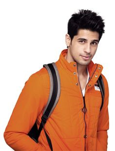 Siddharth Malhotra is a model turned actor, who has become a well known face in the Indian film industry in a very short period of time. Bollywood Stars, Bollywood Fashion, Indian Celebrities, Bollywood Celebrities, Student Of The Year, Indian Star, Thing 1, Film Industry, Cool Eyes