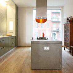Idee für Küchenblock: beton-farbener stein mit eingearbeitetem gasgrill ... sehr schick (CJ)
