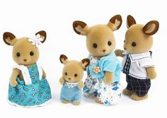 Calico Critters Buckley Deer Family (020373214576) Calico Critters are poseable, with jointed arms and legs, and heads that turn All Critters come with high quality clothing, that is removable Collect them all