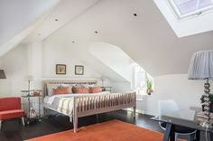 #styling #homestyling #bedroom #sovrum Styling av stor exklusiv vindsvåning | Move2