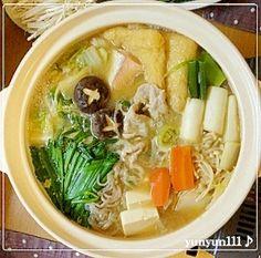 「我が家の味噌ちゃんこ鍋☆」味噌ちゃんこ鍋なので好きな野菜、好みの魚、好みの肉を入れて食べれます♪スープが美味しいので野菜も沢山食べれちゃいます❤【楽天レシピ】