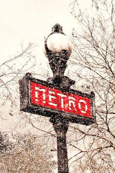 paris.... Love !!!! Second place on my photography walkabout I'm planning and saving for