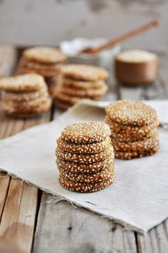 """Honey Tahini Cookies """"These delicious, gluten-free cookies are both chewy and crisp. Tahini Cookies Recipe, Almond Cookies, Honey Cookies, Sesame Cookies, Tahini Recipe, Chip Cookies, Pretzel Cookies, Gluten Free Cookies, Gluten Free Desserts"""