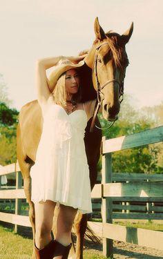 Cowgirl senior picture ideas