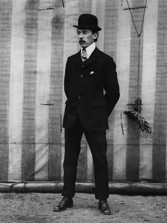 Alberto Santos Dumont. Ingeniero, inventor y pionero de la aviación brasileña.