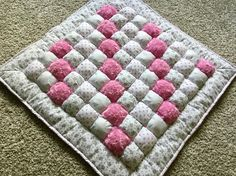 Puff Baby Quilt by PlushPuffyQuilts on Etsy Puff Blanket, Bubble Blanket, Bubble Quilt, Puffy Quilt, Baby Puffs, Quilt Sizes, Tummy Time, Quilt Patterns, Blanket Patterns
