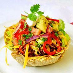 Low Fat Taco Salad with Chunky Avocado Tomato Salsa - HowToInstructions.Us