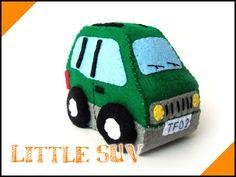 Felt plush toy   Adorable Little Sport par TreasureForestDIY