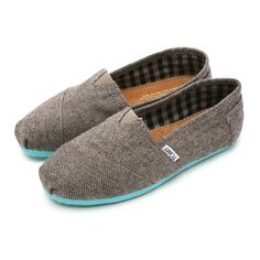 TOMS herringbone with a pop of teal, come back please.