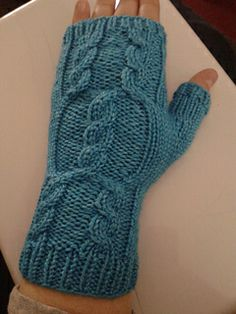 Looking for a quick holiday gift? A pair of Kera Wristwarmers is the perfect fit! - FantasyFlyte Designs