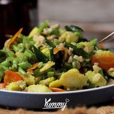 Tumis Buncis Jagung Muda | Yummy Jangan lupa share video ini dan follow @Yummy.IDN @IDNTimes.Video Asian Recipes, Healthy Recipes, Good Food, Yummy Food, Taste Made, Diy Food, Food Preparation, No Cook Meals, Vegetable Recipes