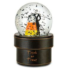 Disney Snowglobes Collectors Guide: Jack Skellington Snowglobe Gift Box