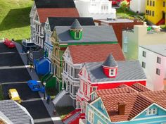 LEGOLAND Florida: San Francisco row houses in LEGO